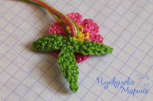 вяжем лепестки для цветка